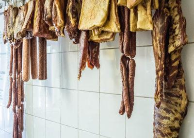 Várvölgy húsbolt füstölt húsok
